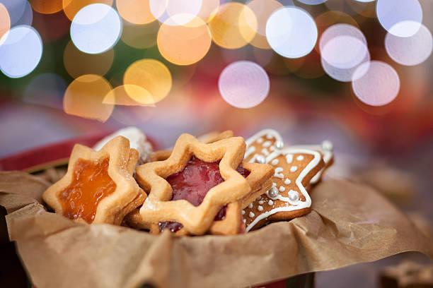 die urlaub weihnachten kekse und gebäck - aufstrich weihnachten stock-fotos und bilder