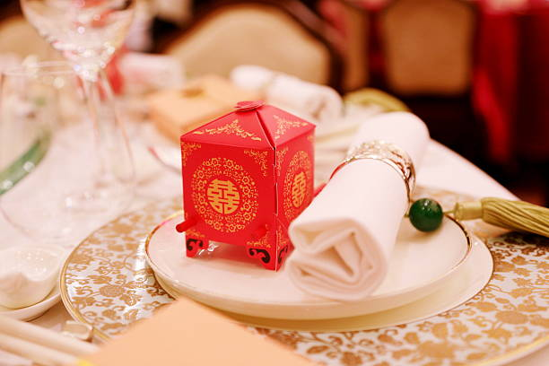 """Decoration in Chinese Wedding A traditional chinese sedan chair decoration with """"double happiness"""" sign in a wedding chinese wedding dinner stock pictures, royalty-free photos & images"""