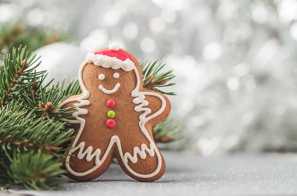 decoraciones con hombre de jengibre - gingerbread man fotografías e imágenes de stock