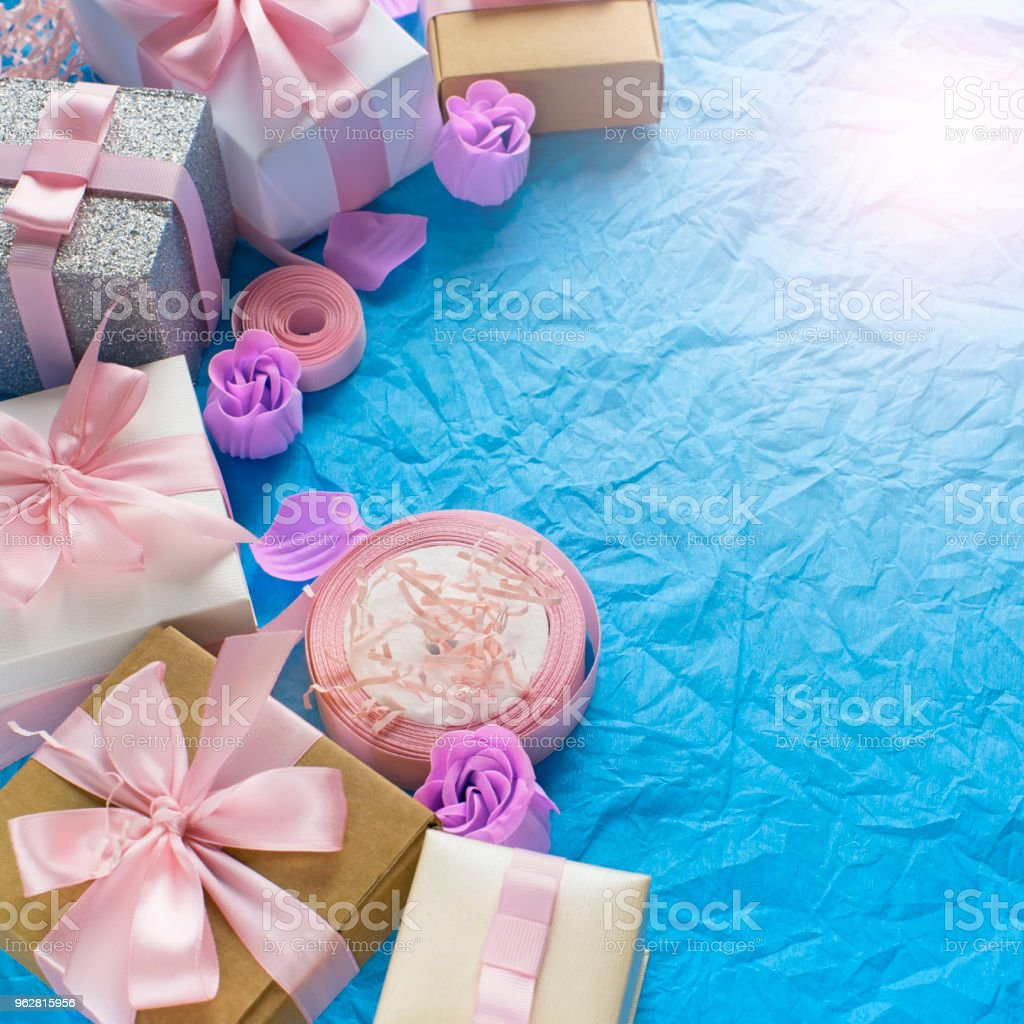 Decorative festive background with gift boxes. - Foto stock royalty-free di Amore