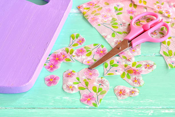 decorative painted chopping board - decoupage kunst stock-fotos und bilder
