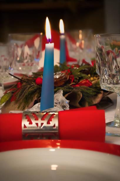Decorazione tavola di natale Decorazione tavola di natale tavola natale stock pictures, royalty-free photos & images