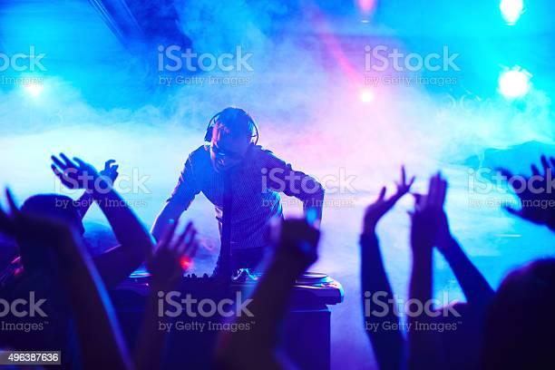 Deejay in club picture id496387636?b=1&k=6&m=496387636&s=612x612&h=quhoaf5xn9xmnliau6sxy228g6tlx0ab5rnqvbtnkea=