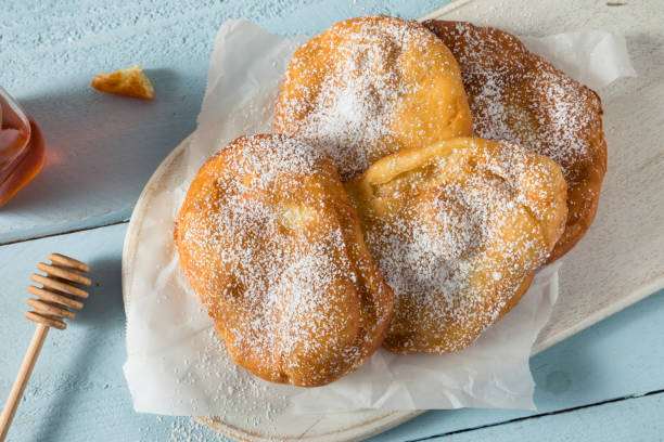 friterad utah scones bröd - scone bildbanksfoton och bilder