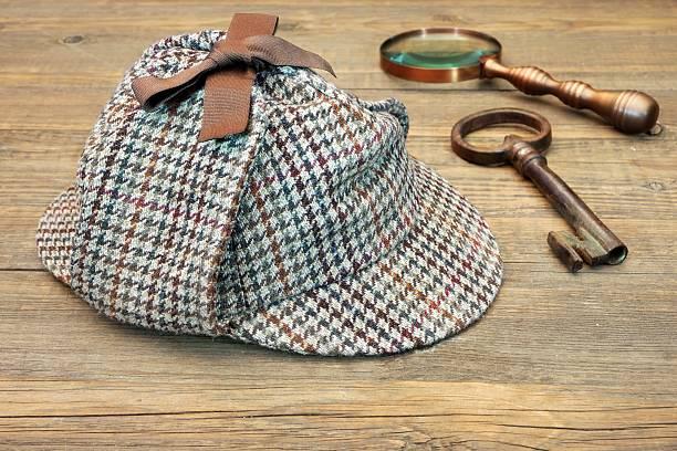 Berretto Alla Sherlock Holmes - Stock Photos Immagini - iStock 6beebbceeed3