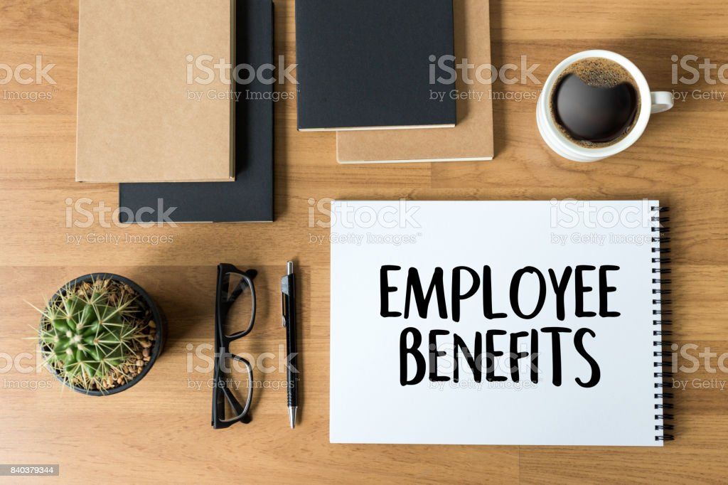 EMPLOYEE BENEFITS  TECHNOLOGY COMMUNICATION definition highlighted – zdjęcie