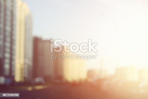 815778402 istock photo defocused city lights 962599098