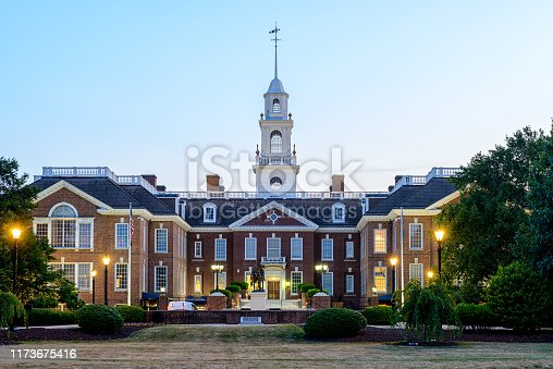 Delaware State Capitol Building in daylight