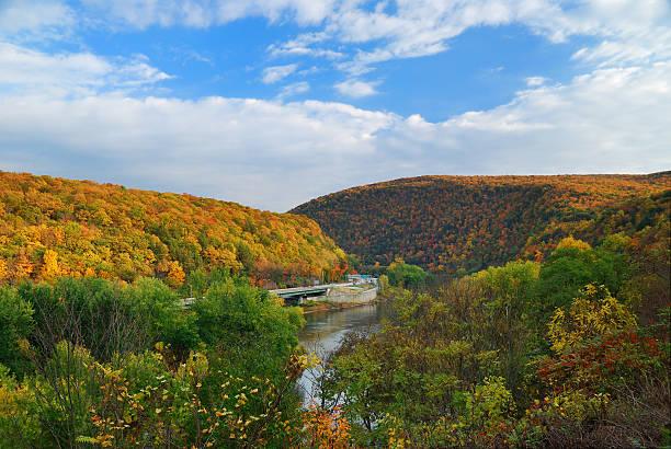 Delaware Water Gap panorama im Herbst – Foto