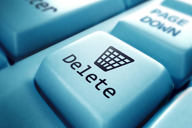 a delete button close up picture of a keyboard  - delete key stock photos and pictures