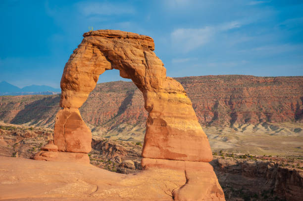 Delicate Arch Delicate Arch in Arches National Park, Utah delicate arch stock pictures, royalty-free photos & images