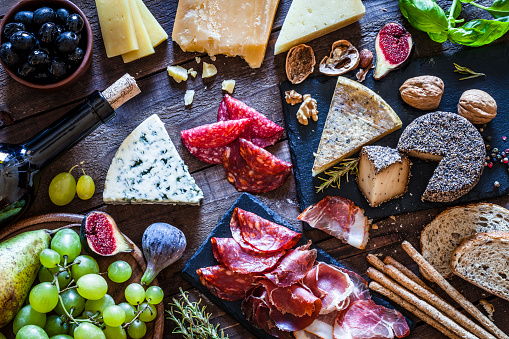 istock Delicious appetizer on rustic wooden table 846794190