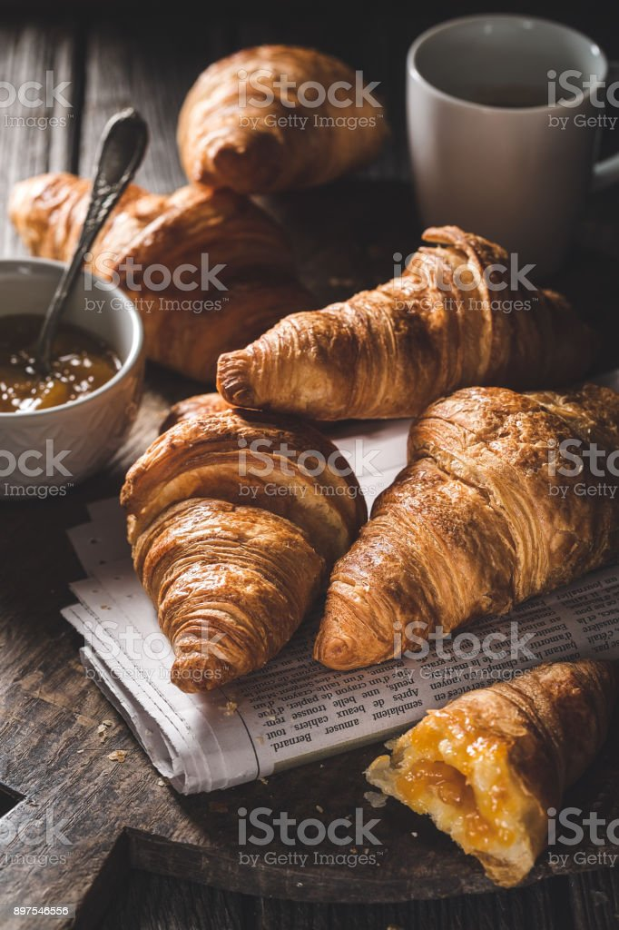 Delicious croissants for breakfast - foto stock