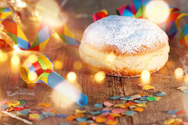 delicious donuts for carnival - fasnacht stock-fotos und bilder