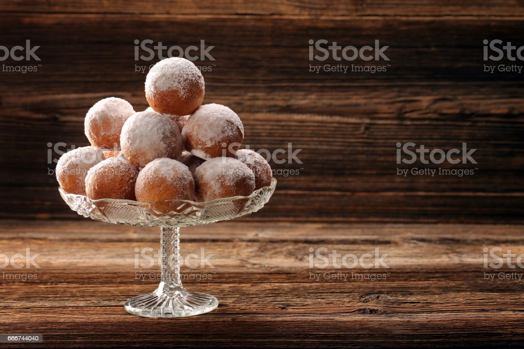 Delicious donuts on wooden background foto stock royalty-free