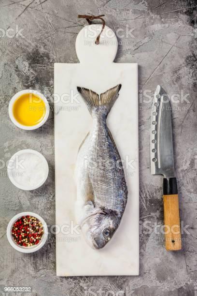 Läckra Färsk Havsruda Fisk-foton och fler bilder på Belgien