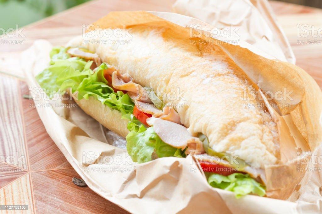 Photo Libre De Droit De Jambon De Delicieux Sandwich Fait Maison Banque D Images Et Plus D Images Libres De Droit De Activite Avec Mouvement Istock
