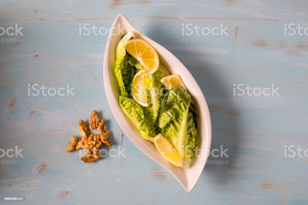 Delicious Mediterranean Salad royaltyfri bildbanksbilder