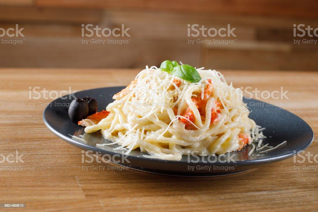 Deliciosa pasta con carne de cangrejo. Imágenes de stock foto de stock libre de derechos