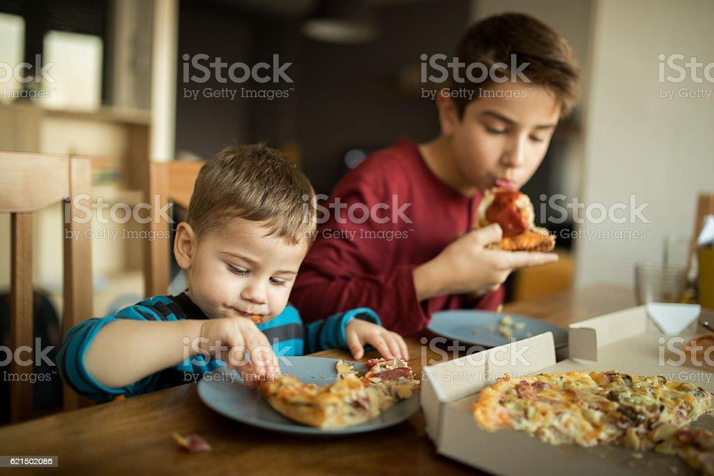 Deliziosa pizza foto stock royalty-free