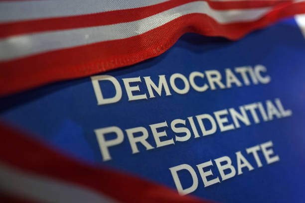 democratic presidential debate - presidential debate стоковые фото и изображения