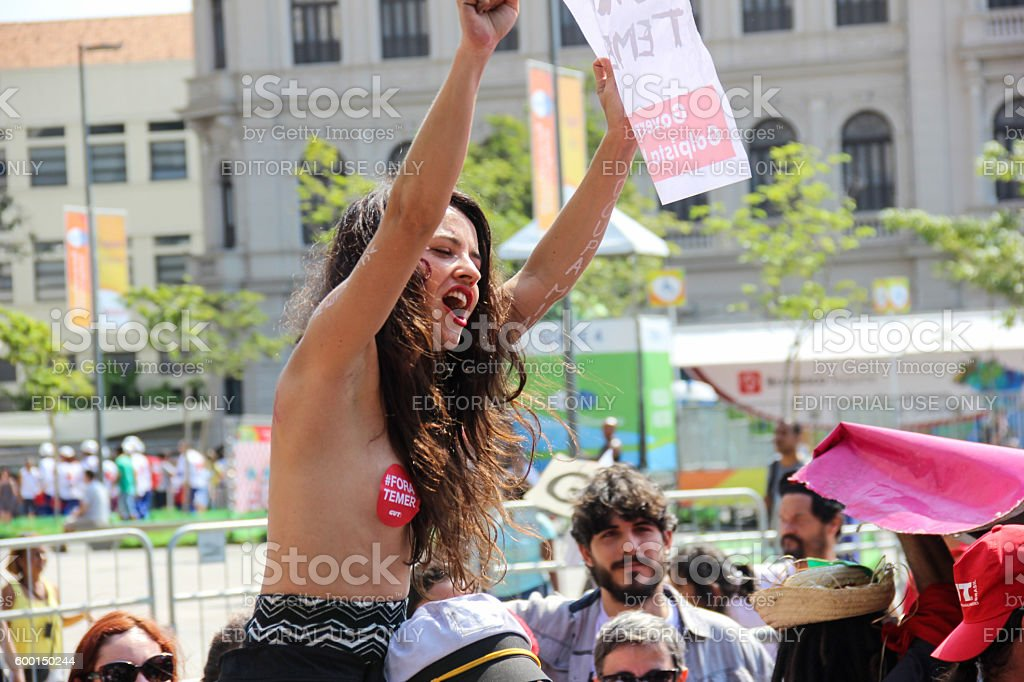 Demonstration against the government of Michel Temer on Independence Day - foto de acervo