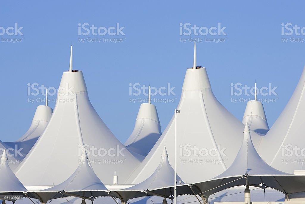 Denver International Airport auf dem Dach Lizenzfreies stock-foto