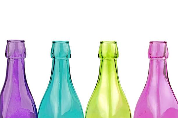 deocorative bunte flaschen - farbiges glas stock-fotos und bilder