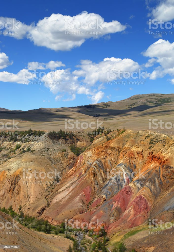 Deposit of colorful clay in Altai Mountains - Zbiór zdjęć royalty-free (Bez ludzi)