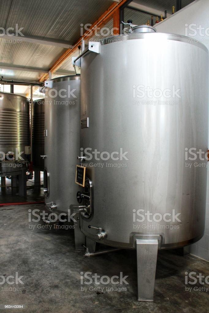 Mevduat fermantasyon ve şarap Azeitao, Portekiz'de yapma - Royalty-free Alüminyum Stok görsel
