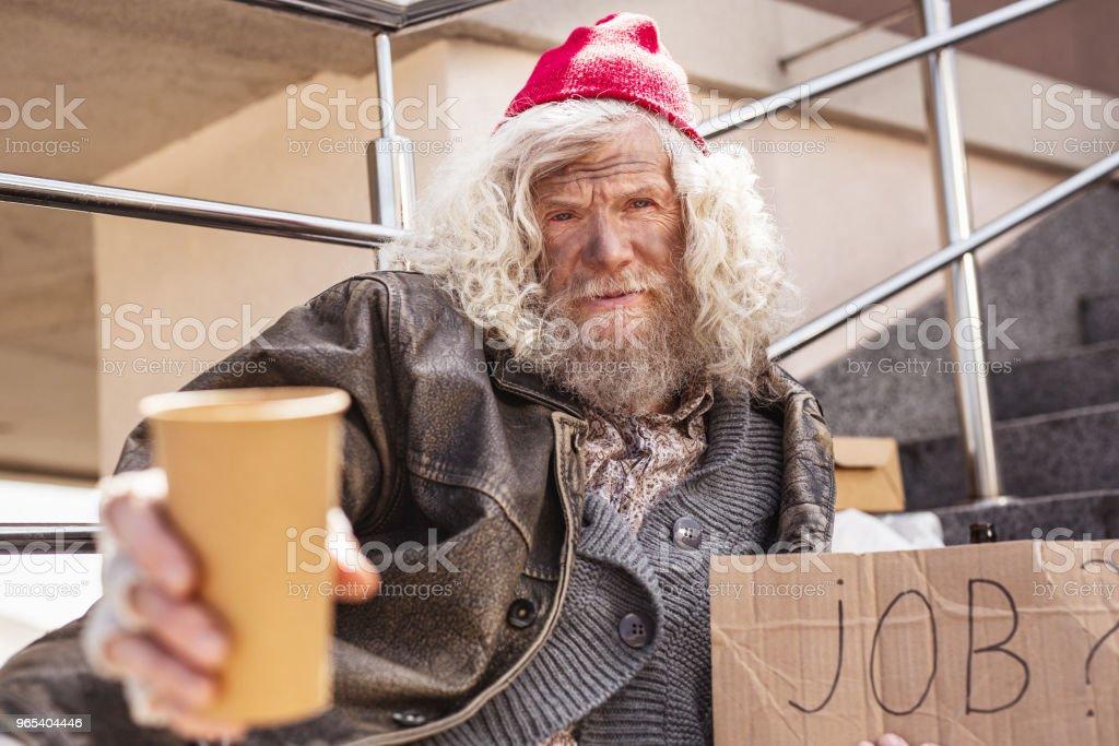 Homme barbu déprimé, n'ayant ne pas d'argent - Photo de Adulte libre de droits
