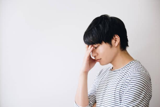 うつ病の男 - 男性のみ ストックフォトと画像