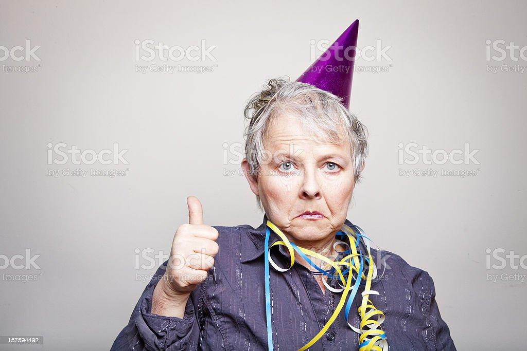 Vieillard déprimé Femme âgée faisant thumbs up - Photo