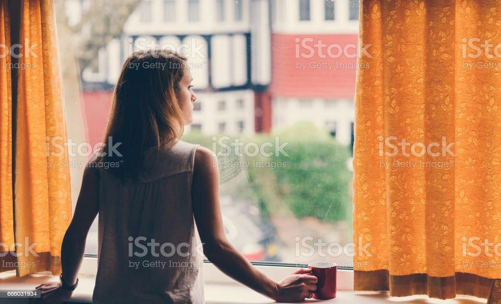 Depressive Frau zu Hause – Foto