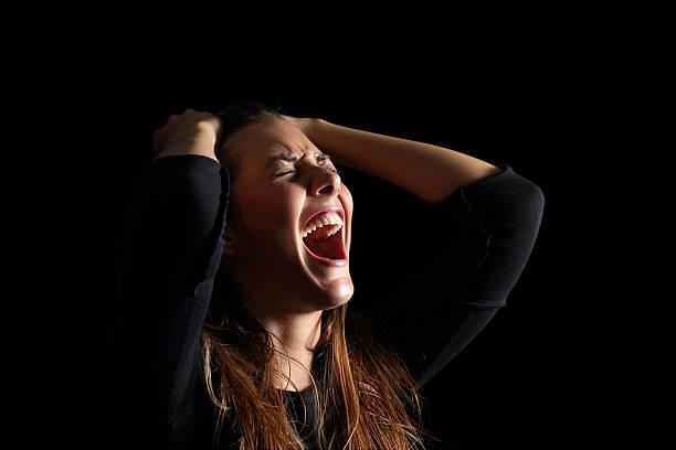 Αποτέλεσμα εικόνας για woman crying