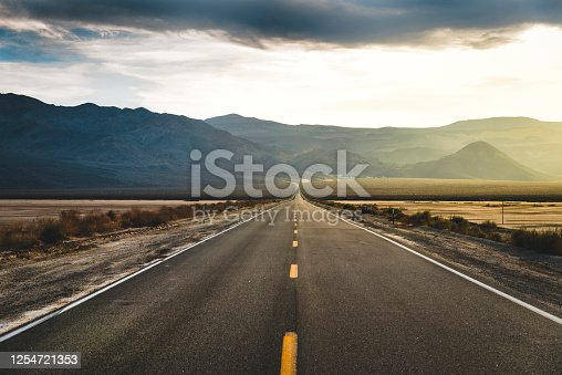 istock Desert Highway Death Valley 1254721353