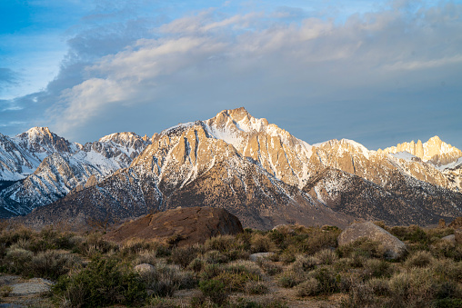 desert rock formations in the Alabama Hills in the Eastern Sierra Nevada mountains, Lone Pine, California