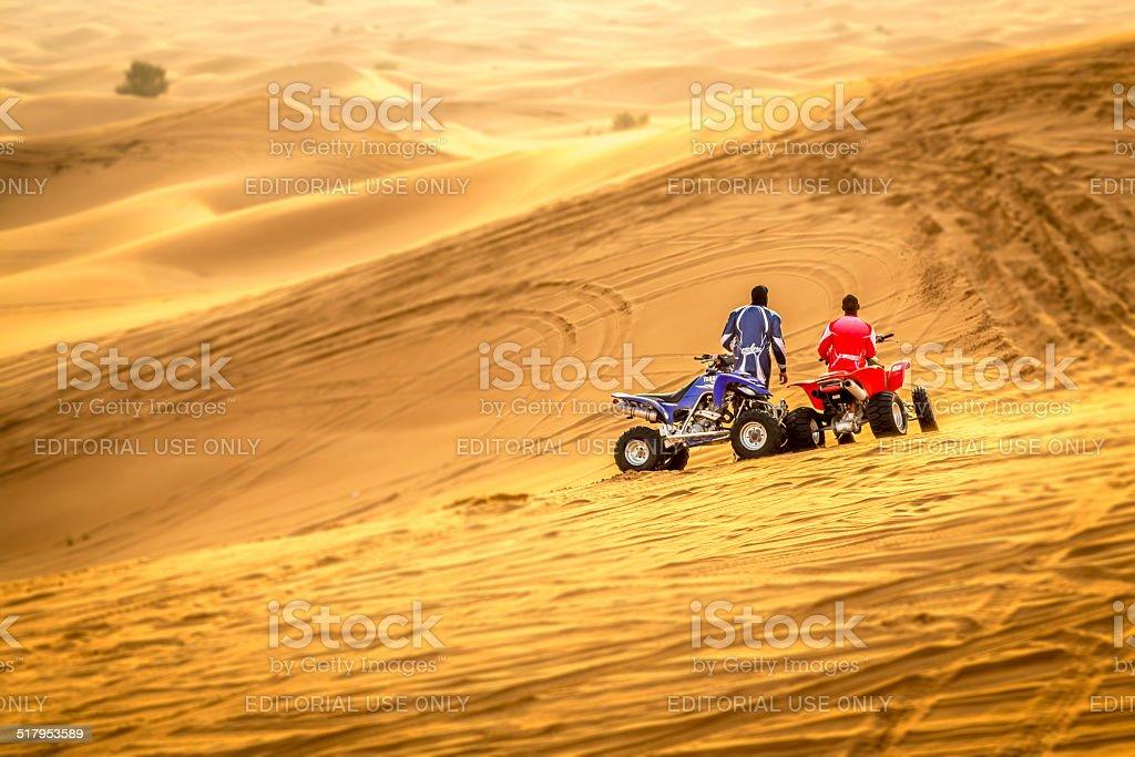 4WD desert safari in Dubaî stock photo