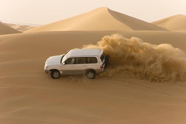 safari por el desierto - foto de stock
