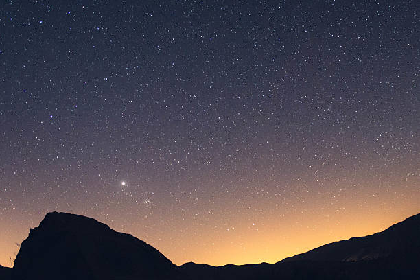 desert sky stars in the sky over the desert north star stock pictures, royalty-free photos & images