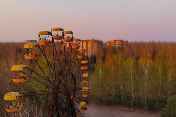 Verlassener Vergnügungspark in der Stadt Pripyat – Foto