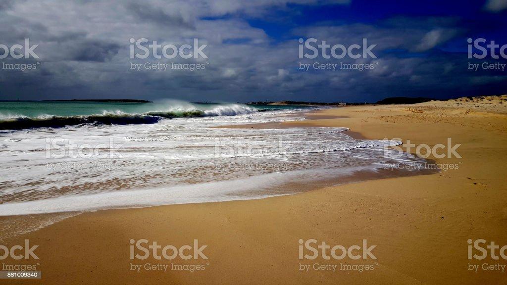 deserted beach - foto stock