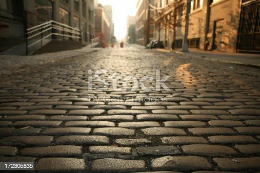 istock Deserted Brooklyn DUMBO Cobblestone Street Morning 172305835