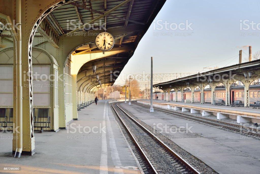 ヴィチェプスク駅でさびれた鉄道...