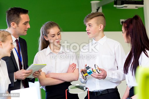 istock Design and Technology Lesson 538366334