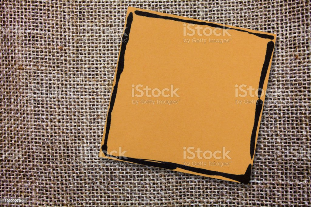 Design Business Konzept leere Kopie Text für Web Banner Werbematerial mock-up Vorlage Borderlined Papier für Erinnerungen Kurznotiz auf Jute faserigen Hintergrund – Foto