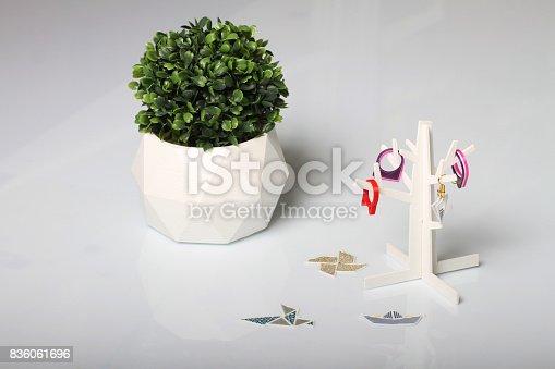 istock Design Jewelry Holder 836061696