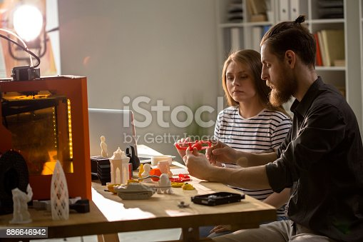 886646936 istock photo Designers Using 3D Printer in Studio 886646942