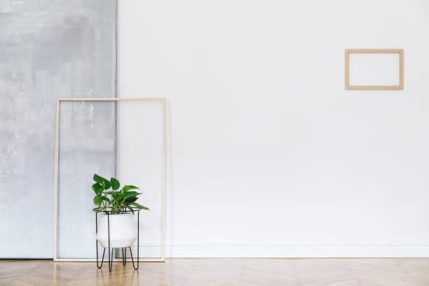 arbeitsbereich, grau, weiß, nordic, zeitgenössisch, türen, wohnzimmer, sessel, klavier, luxus, abstrakt, innenarchitektur, wohnzimmer, minimalismus, hintergrund, stil, haus, zimmer, raum, design, interieur, grün, samt, stuhl, sofa, fu - malerei türen stock-fotos und bilder