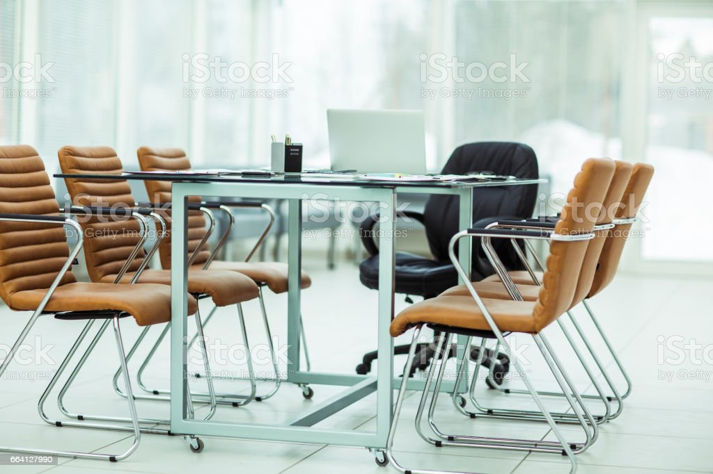 Desk Manager of the company before the working meeting foto stock royalty-free